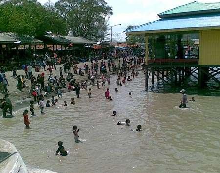 Pantai Kenjeran Kota Surabaya Taman Hiburan Menawarkan Objek Wisata Alami
