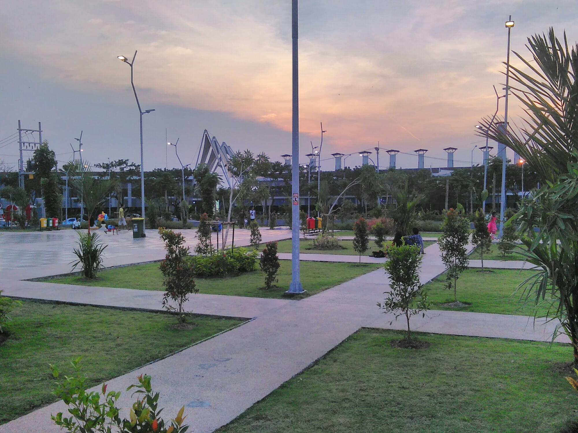 Taman Suroboyo Pesona Kota Surabaya Berada Dalamnya Merasa Inilah Satu