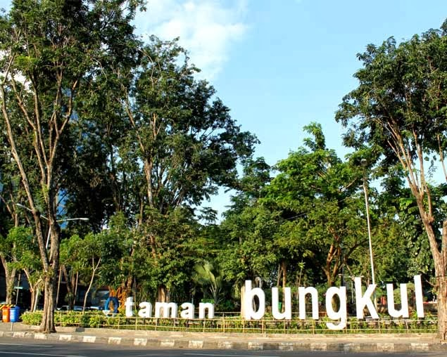 10 Taman Cantik Surabaya Uswah Group Salah Satu Ikon Kota