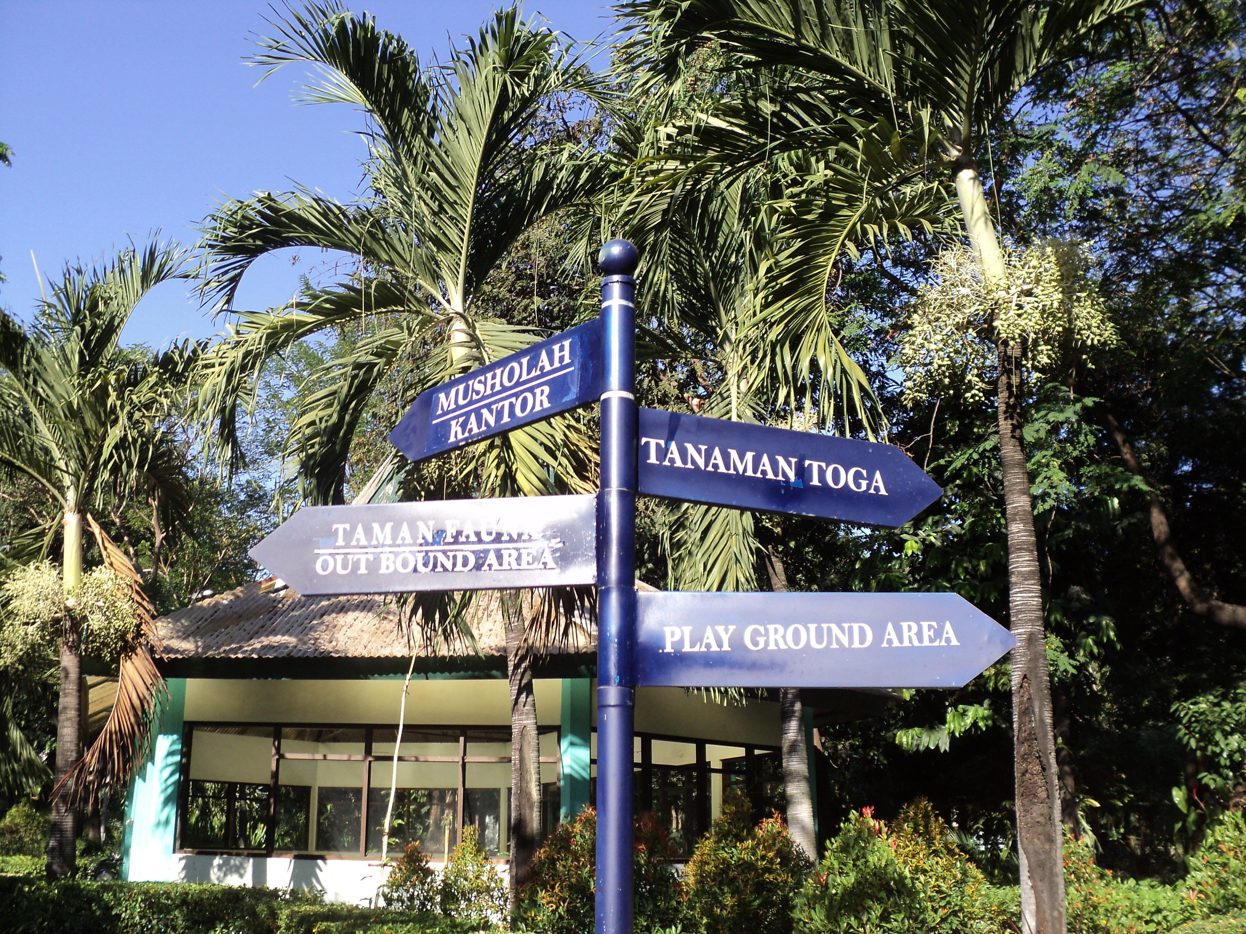 Nggak Kalah Kota Lainnya Surabaya Punya 5 Taman Mayangkara