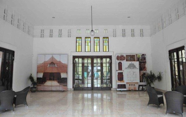 Perpustakaan Bank Indonesia Bibliotek Mayangkara Surabaya Ayorek Teras Bi Foto