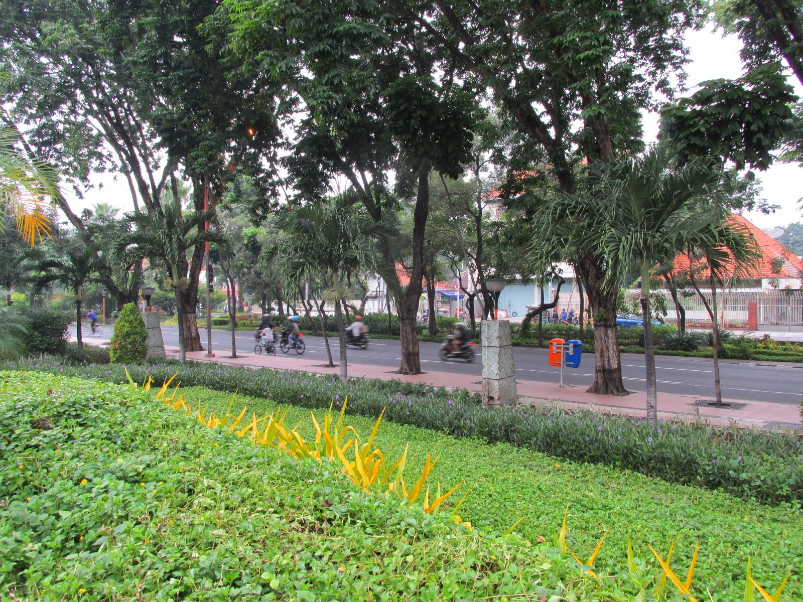 Resolusi Hijau 2015 Menyelamatkan Bumi Taman Mayangkara Surabaya Dokumen Pribadi