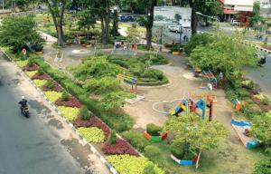 Taman Persahabatan Fasilitas Umum Surabaya Mayangkara Kota