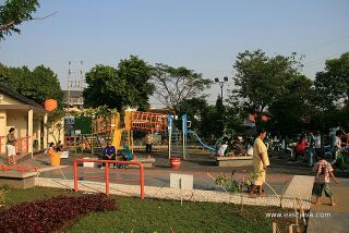 4873640541 88496c6156 Jpg Surabaya Taman Mundu Menjadi Tempat Hiburan Sebagai
