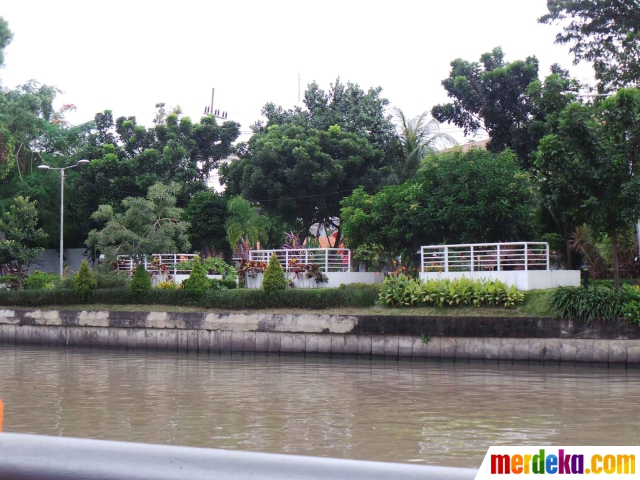 Foto Cantiknya Taman Ekspresi Buatan Risma Kota Pahlawan Salah Satu