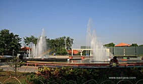 Hotel Sekitar Daerah Taman Mundu Surabaya Klikhotel Kota