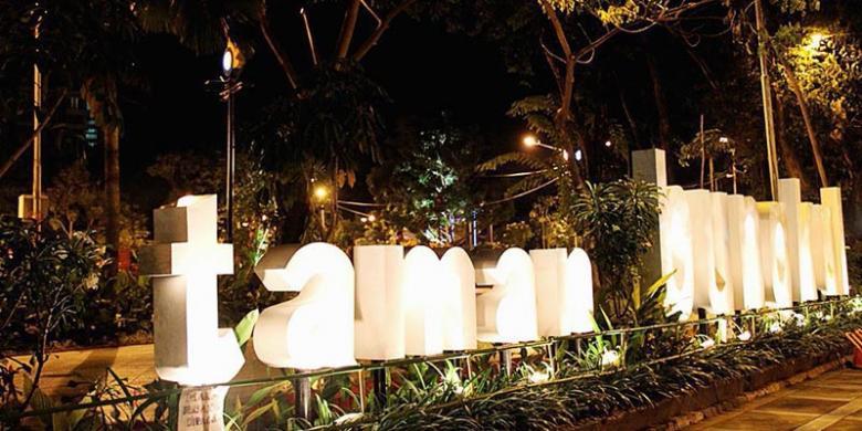 Liburan Surabaya Jangan Lupa Mengunjungi Taman Kota Cantik Bungkul Mundu