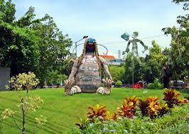 Taman Ekspresi Oase Tengah Panasnya Kota Surabaya Panduan Memasuki Lebih