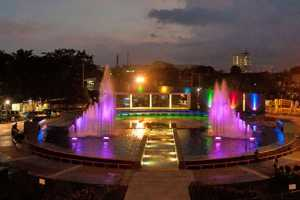 Taman Mundu Keren Kota Surabaya Wisesatravel