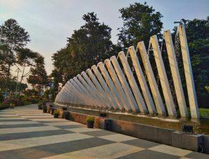 5 Taman Kota Surabaya Cocok Buat Olah Raga Sehat Pelangi