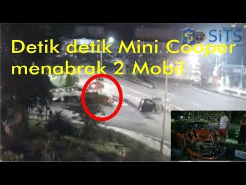 Detik Kecelakaan Mini Cooper Taman Pelangi Jl Yani Depan Dolog