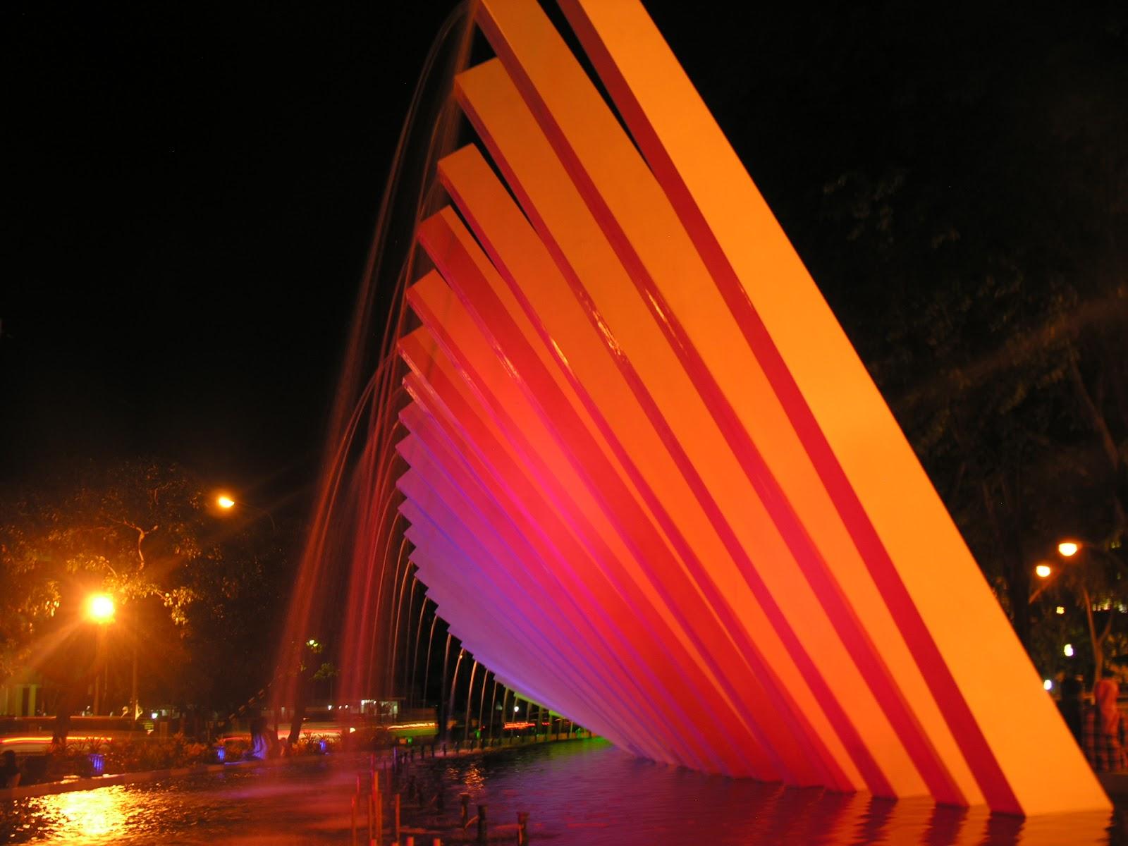 Photography Keindahan Taman Pelangi Surabaya Salah Satu Foto Berwarna Warni