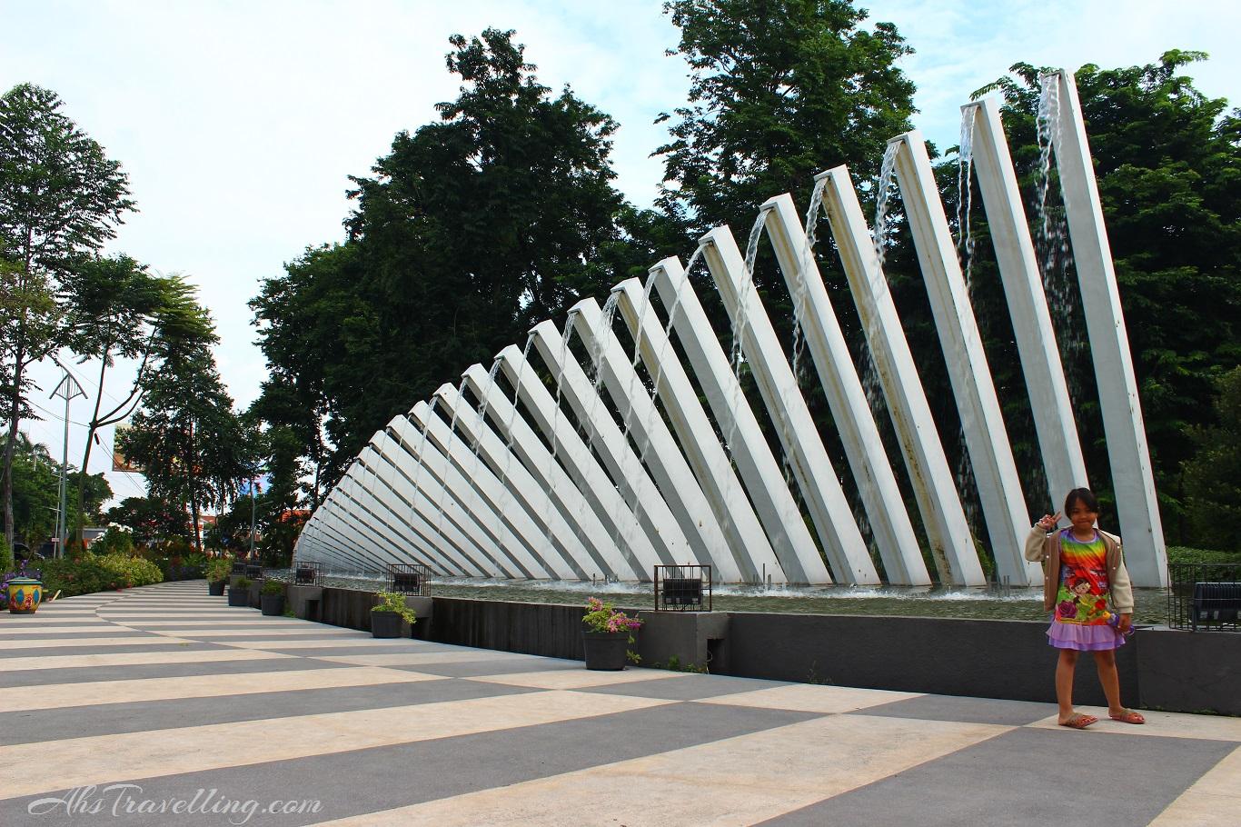 Taman Pelangi Surabaya Ahs Travelling Kota Seribu