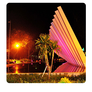 Taman Pelangi Surabaya Otewe Sebagai Ruang Terbuka Publik Memenuhi 3
