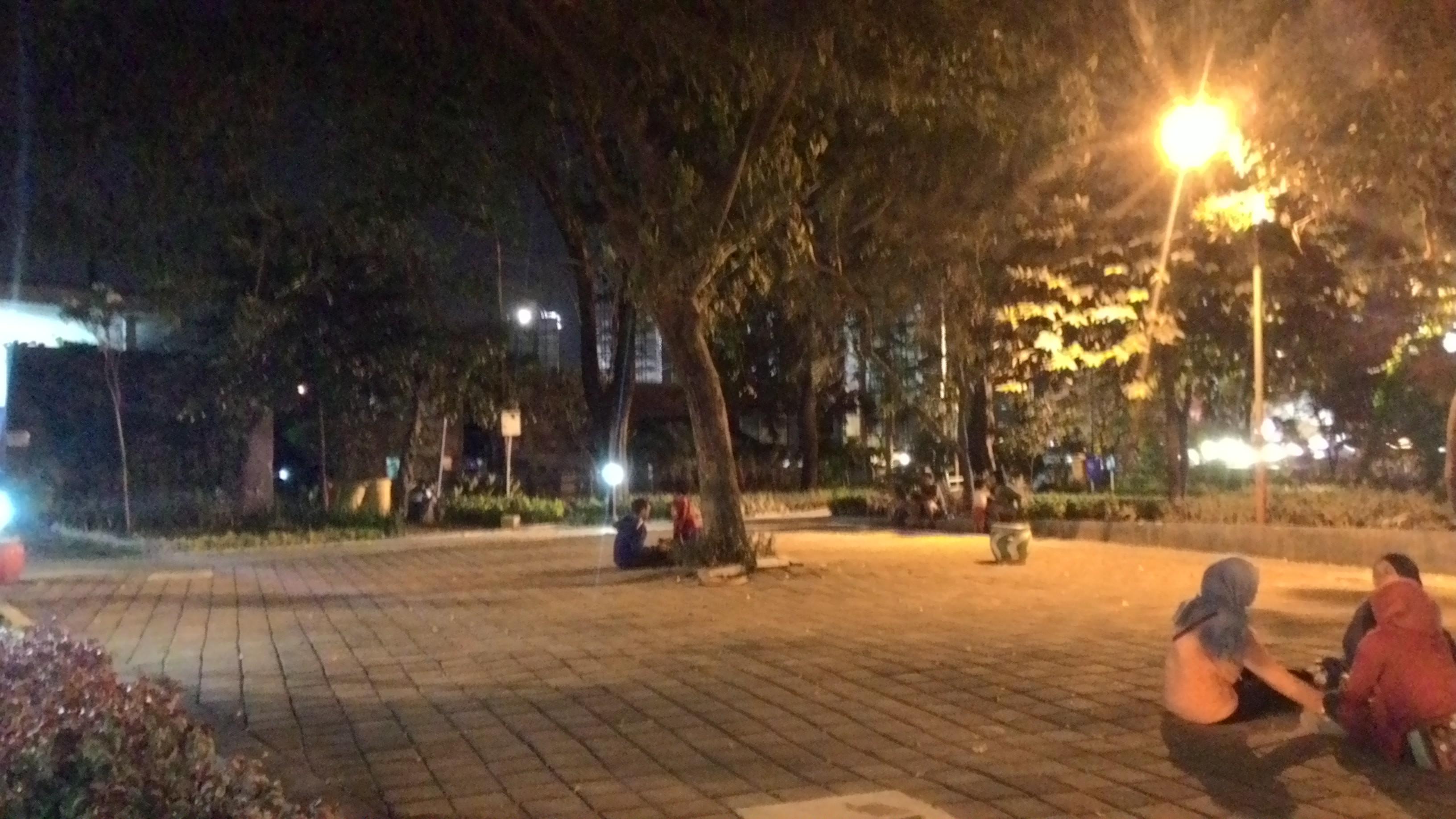 Wisata Kota Taman Pelangi Surabaya Oleh Find Leilla Lesehan Dok