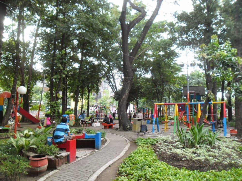 50 Tempat Wisata Surabaya Hits Reservasi Travel Blog Taman Prestasi