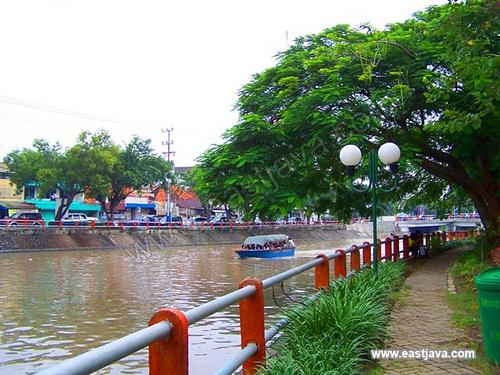 Garden Achievement Wisata Tirta Kalimas Located Taman Prestasi Surabaya East