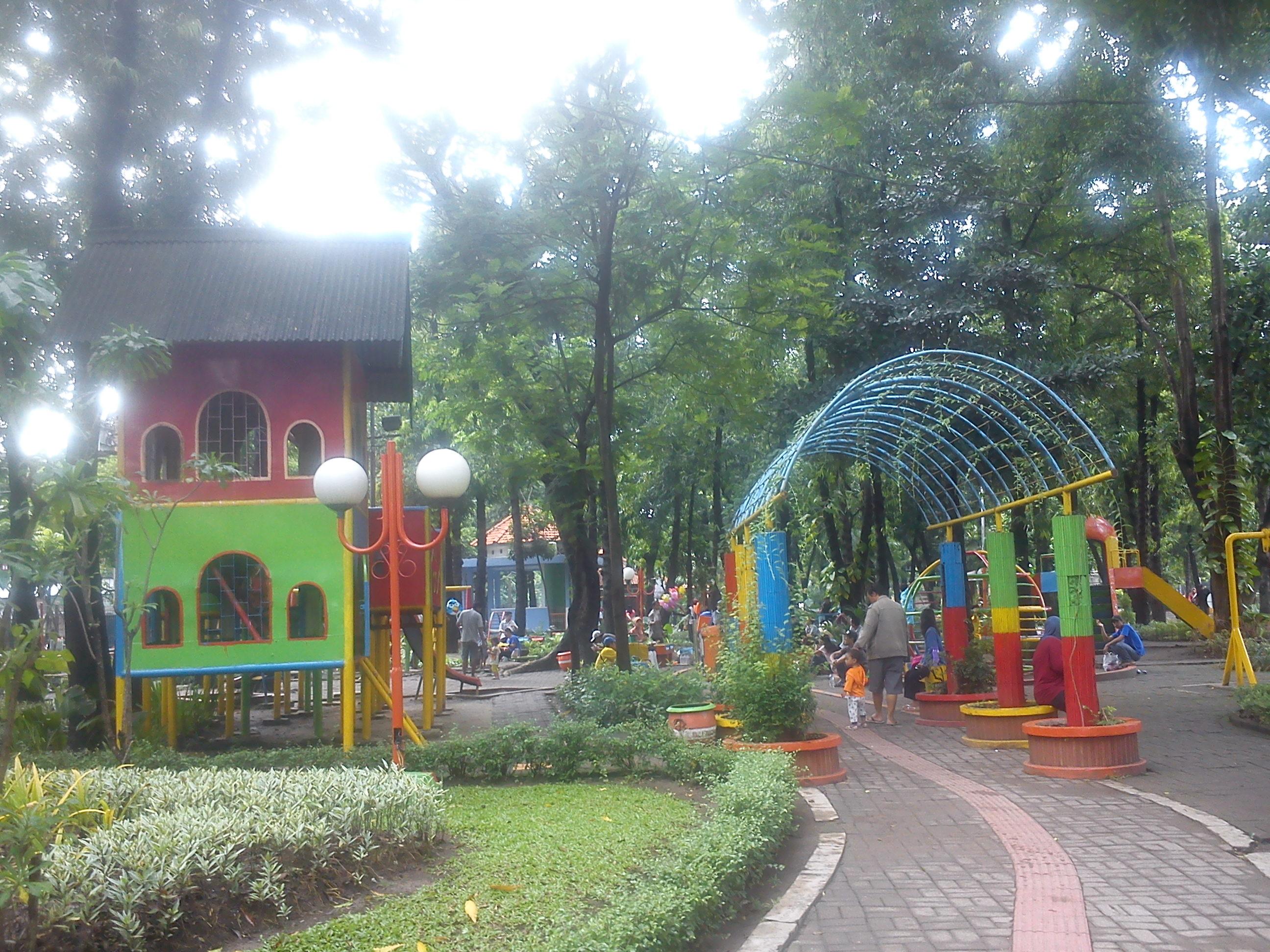 Jelajah Taman Surabaya Horizon Habibah Img 20140413 072627 Prestasi Kota