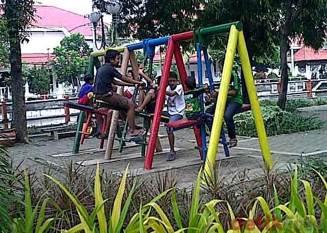 Taman Bermain Anak Prestasi Surabaya Kota