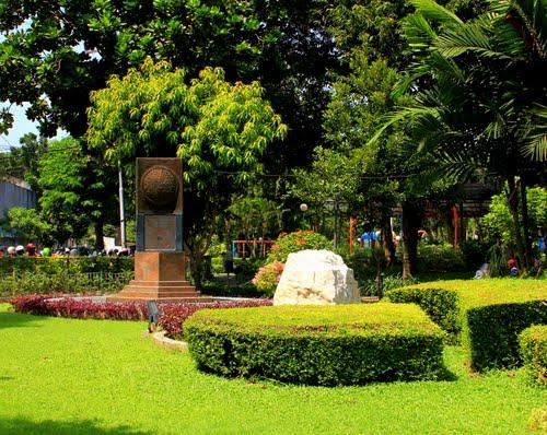 Taman Prestasi Surabaya Keluarga Panduan Wisata Berada Tepat Belakang Gedung