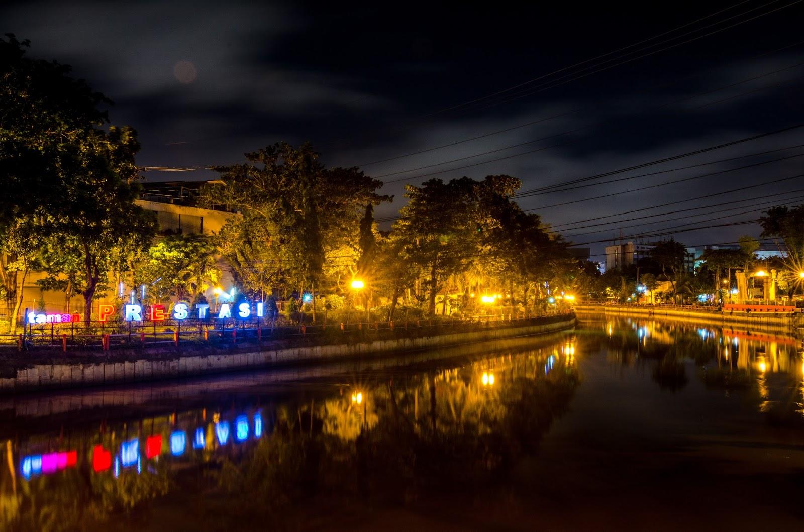 Taman Surabaya Mengunjungi Datang Pagi Hari Sore Malam Tidak Bisa