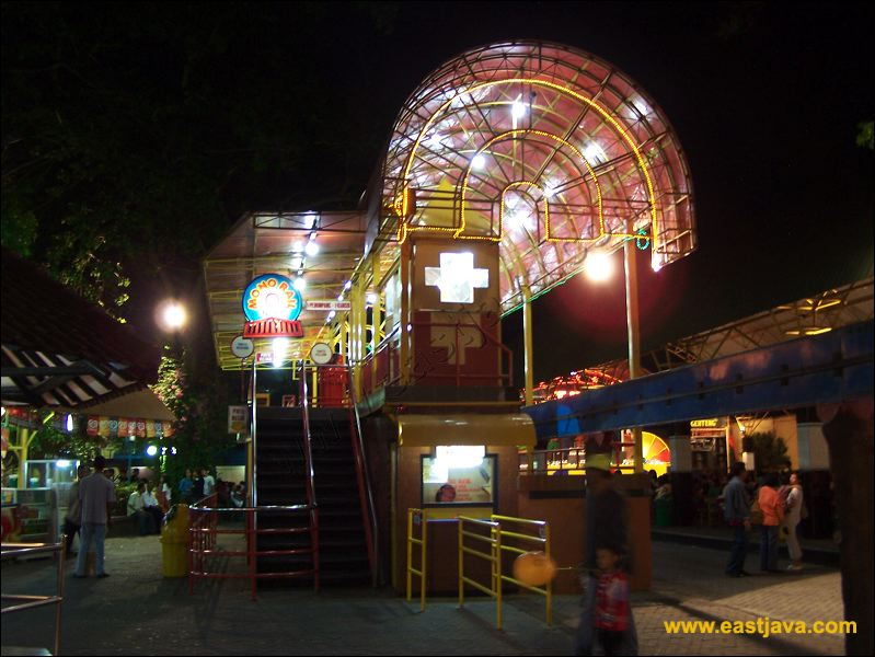 Index Tourism Surabaya Thr Preview Taman Hiburan Rakyat 09 Jpg