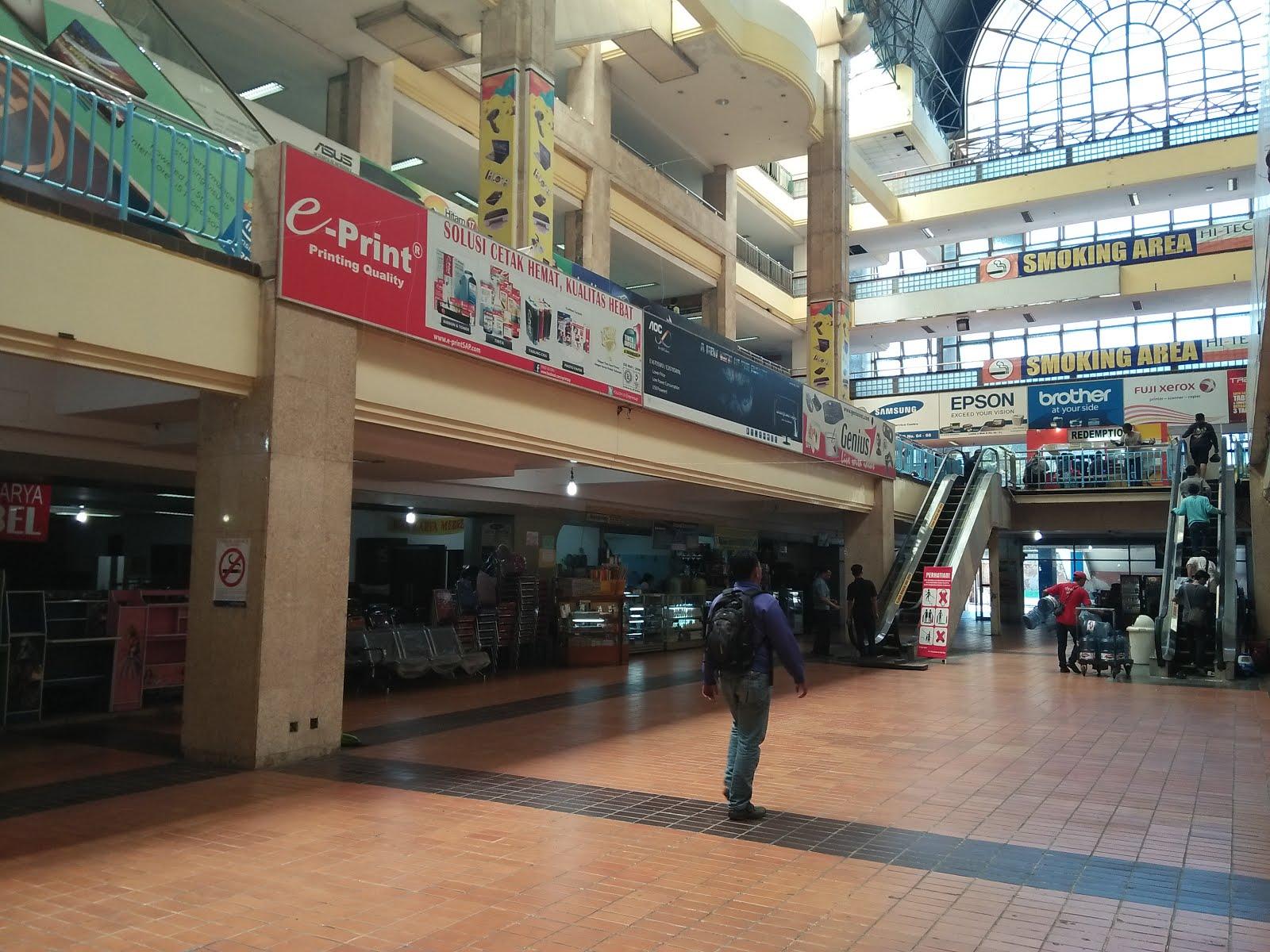 Sejenak Melintas Tech Mall Surabaya Travel Bandara Juanda Mungkin Lebih