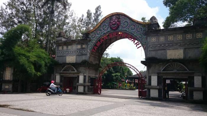 Stadion Sriwedari Taman Hiburan Rakyat Thr Gedung Wayang Solo Terancam