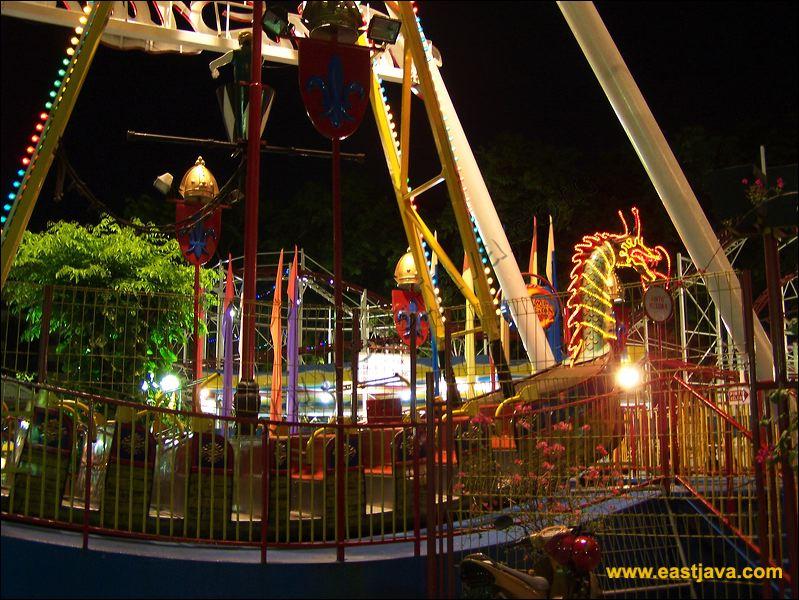 Taman Hiburan Rakyat Surabaya Children Playground Public Amusement Park 11
