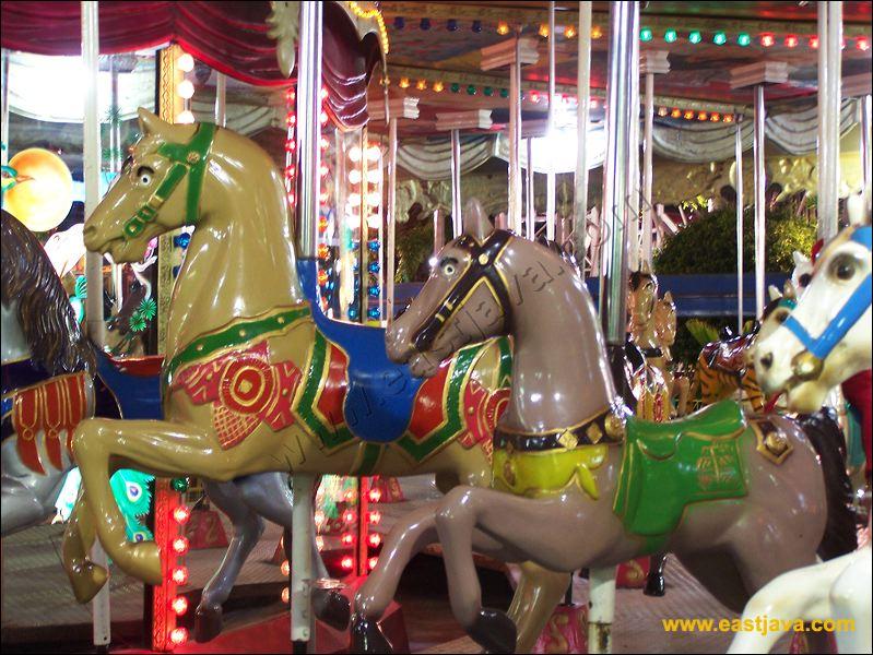 Taman Hiburan Rakyat Surabaya Children Playground Public Amusement Park 22