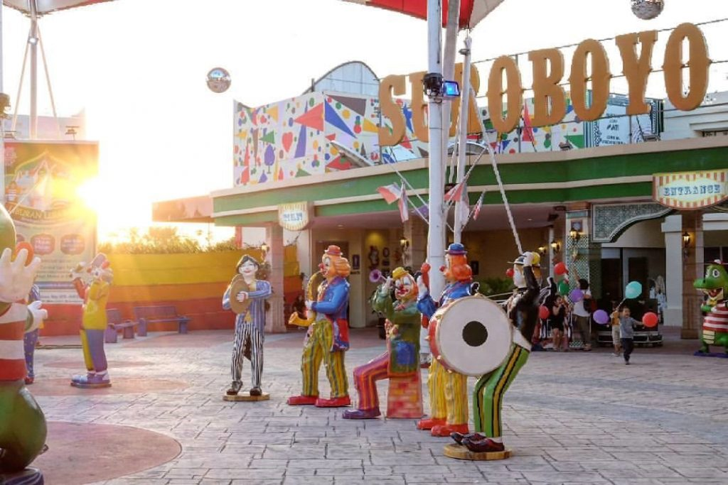 Tempat Hits Surabaya Qwords Blog Carnival Night Market Sumber Surabayarek