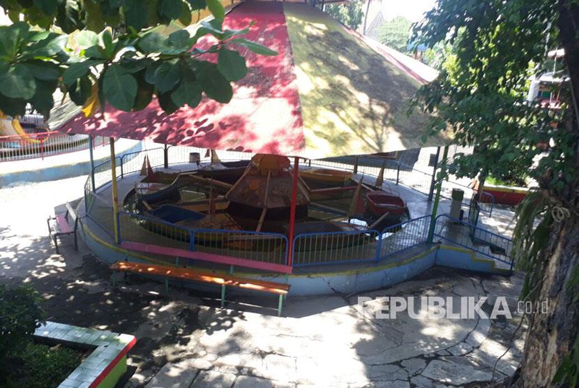 Tutupnya Taman Hiburan Rakyat Sriwedari Legendaris Republika Arena Roller Coaster