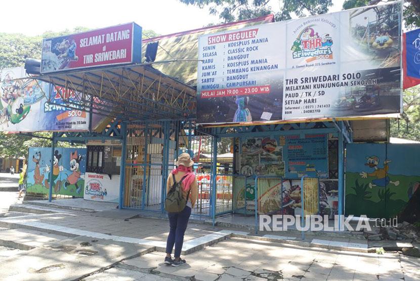 Tutupnya Taman Hiburan Rakyat Sriwedari Legendaris Republika Pengunjung Pintu Masuk
