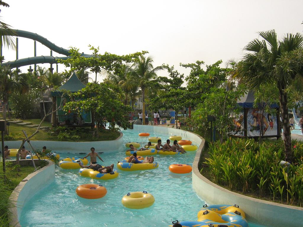Ciputra Waterpark Surabaya Attraction Indonesia Copy Adi Setiawan Wisata Kota