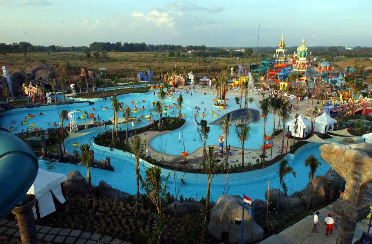 Ciputra Waterpark Surabaya City East Java Indonesia Reviews Photo Water