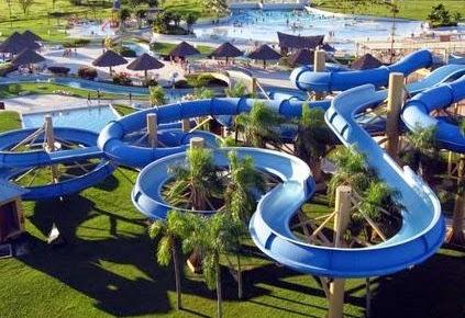Daftar 5 Tempat Wisata Liburan Surabaya Paket Tour Ciputra Waterpark