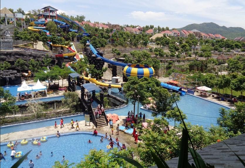 Tempat Wisata Surabaya Wajib Kunjungi Kedalaman Air Ciputra Waterpark Tidak