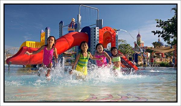 Tiket Ciputra Waterpark Surabaya Wahana 2018 Travels Sinbad Kolam Bermain