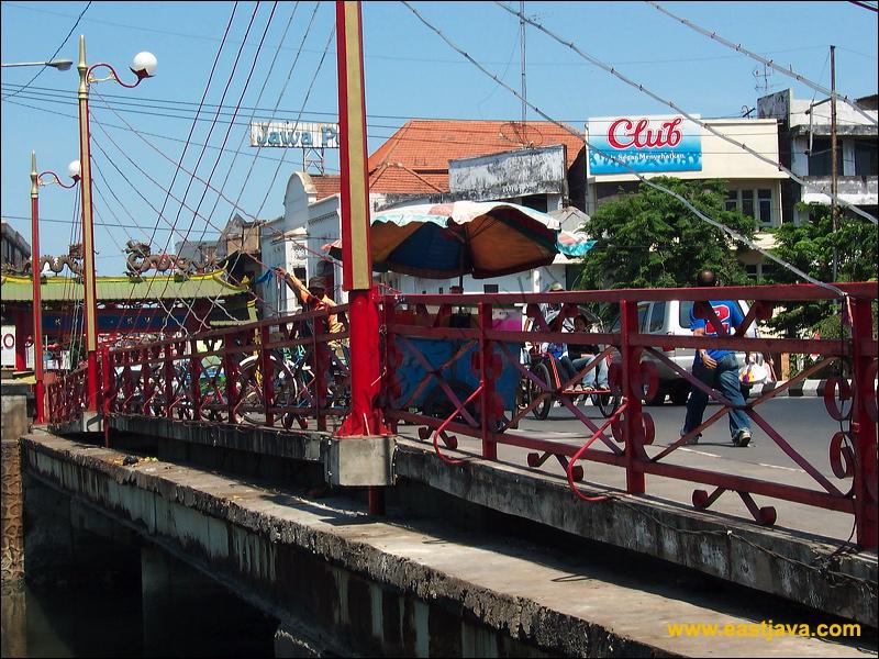 Galeri Foto Jembatan Merah Surabaya Menjadi Area Pertempuran Red Bridge