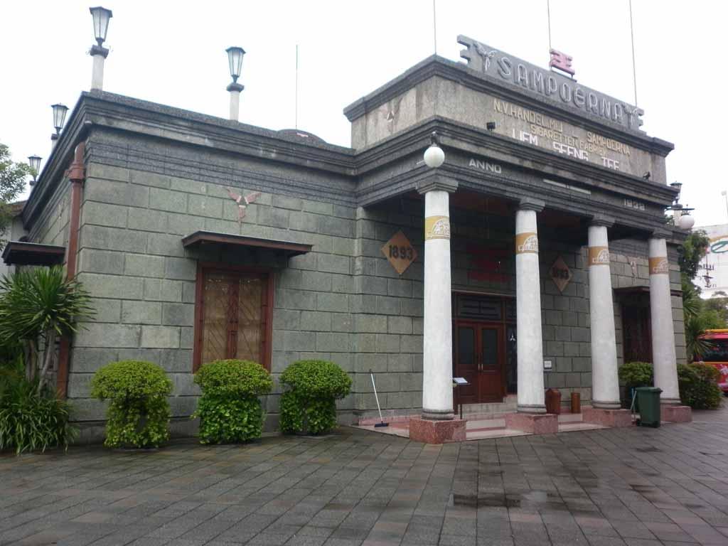 House Sampoerna Wisata Sejarah Unik Surabaya Jawa Timur Jembatan Merah