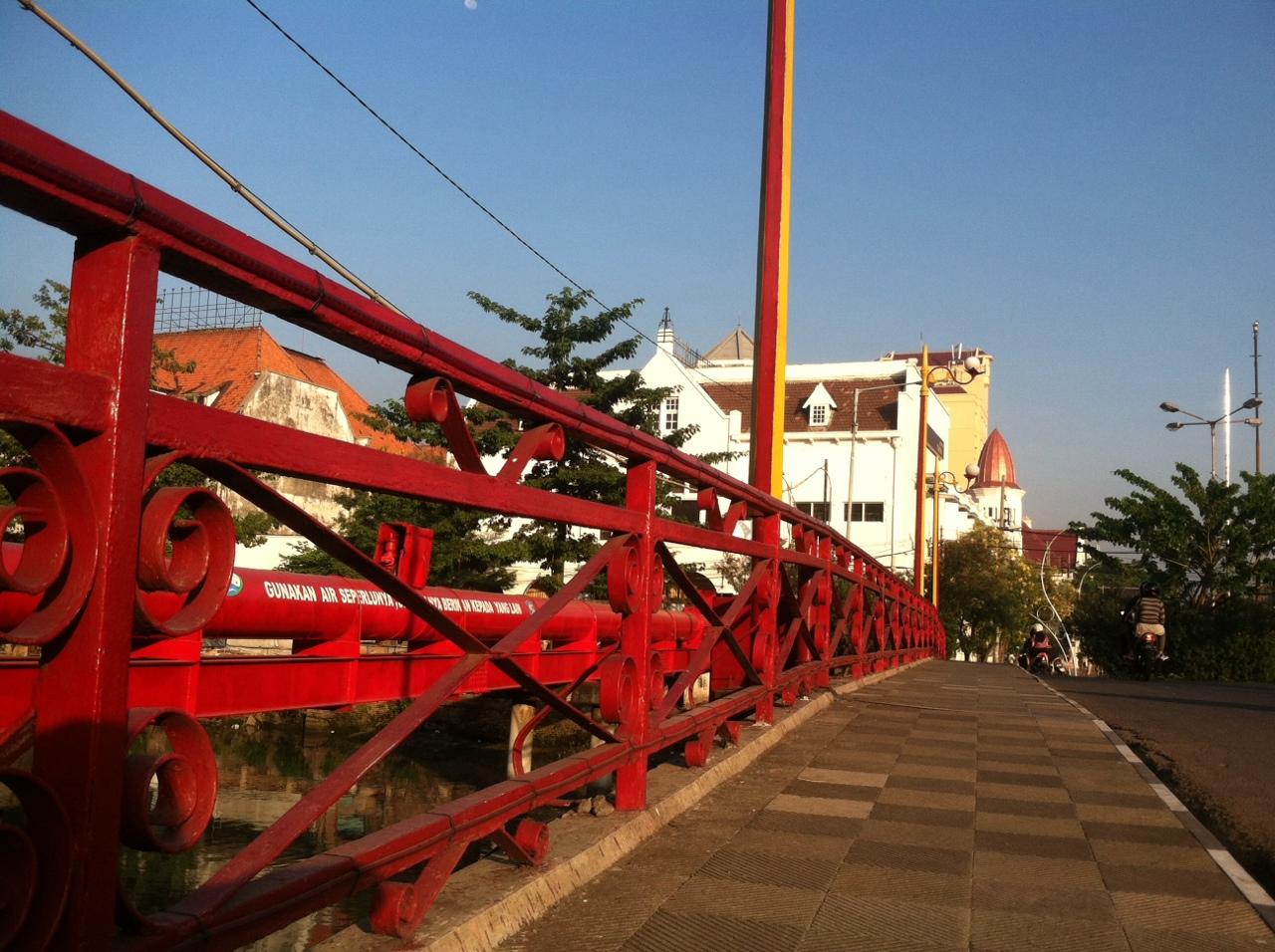 Jembatan Merah Saksi Hidup Perjuangan Pahlawan Surabaya Jawa Timur Wisata