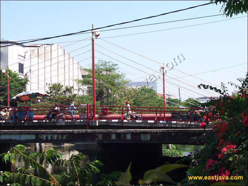 Jembatan Merah Surabaya Warisan Penting Sejarah Indonesia Wisata Kota
