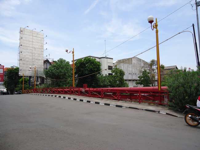 Melihat Sejarah Jembatan Merah Surabaya Indonesian Heritage Wisata Kota