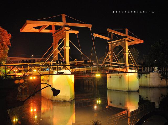 Melihat Sisi Sejarah Jembatan Kota Intan Wisata Jakarta Merah Surabaya