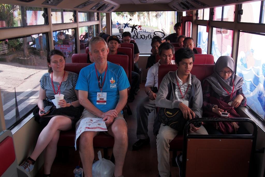 Ngetrip Keliling Kota Surabaya Bus Heritage Track Tepat Pukul 14