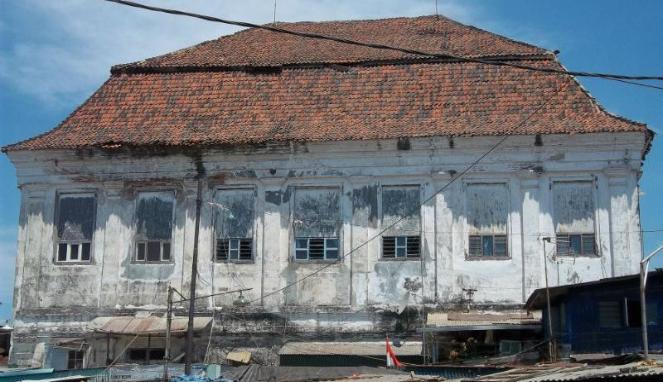 Surabaya Kota Pahlawan Menyisakan Beragam Kisah Mistis Berani Spook Wisata