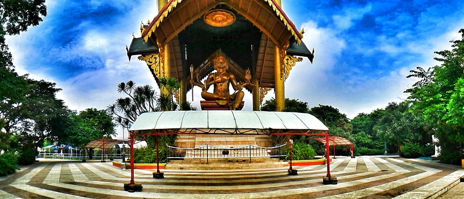 35 Tempat Wisata Surabaya Terpopuler Dikunjungi Patung Budha Kelenteng Hong