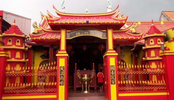 Yuk Berlibur Sambil Menengok Cantiknya Kelenteng Tertua Gresik Wisata Hong