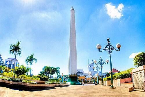 20 Kumpulan Destinasi Wisata Surabaya Kuliner Spot Foto Dimasfan Monumen