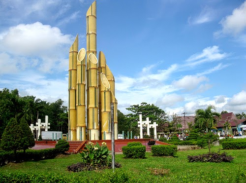 Destinasi Wisata Surabaya Monumen Bambu Runcing Mengenang Sejarah Kepahlawanan Kota